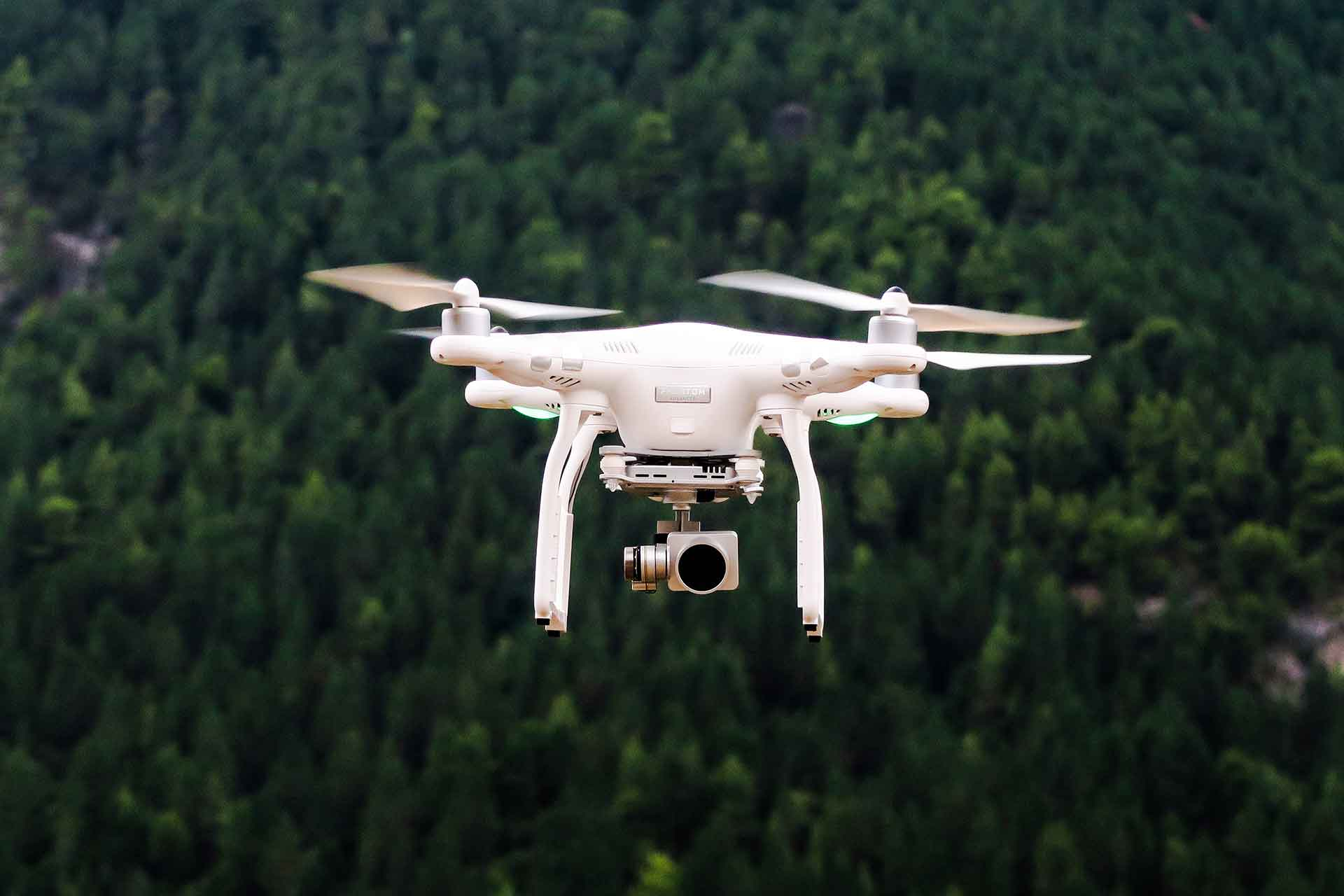 Drones Get Cheaper in 2017, Poised to Go Mainstream
